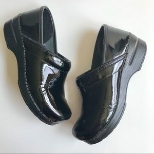 DANSKO Professional Black Patent Leather Clog